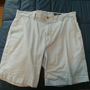 Vineyard Vines light blue shorts men 34